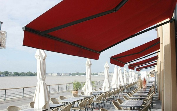 Mái hiên di động dành cho các quán  ăn